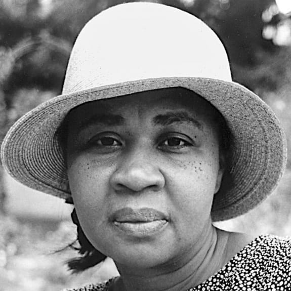 "the varying role of male and females in jamaica kincaids literature piece girl Gender, conflict, and community in gayl jones's corregidora and jamaica kincaid's lucy see jamaica kincaid, ""girl,"" in at the bottom of the river."